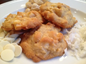 white-chocolate-macadamia-coconut-cookies